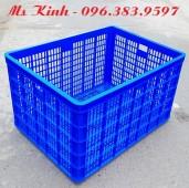 giá rổ nhựa dài 1 mét dùng trong ngành may, rổ nhựa 8 bánh xe đựng hàng, ro nhua