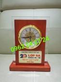 địa chỉ bán đồng hồ để bàn, nhận sản xuất đồng hồ để bàn đẹp