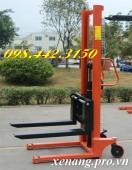 Giảm giá sốc xe nâng tay cao 1.6m tải trọng 2 tấn call 0984423150 Huyền