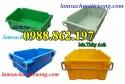 Thùng nhựa A2 có quai xách, thùng nhựa có quai sắt A2, khay nhựa giá rẻ,Thùng nh