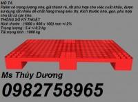 Cung cấp Pallet nhựa giá rẻ, pallet lót sàn, pallet lót kho giá siêu rẻ